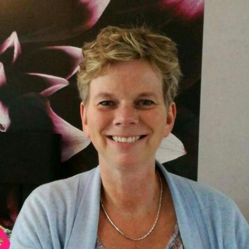 Yvonne Loman